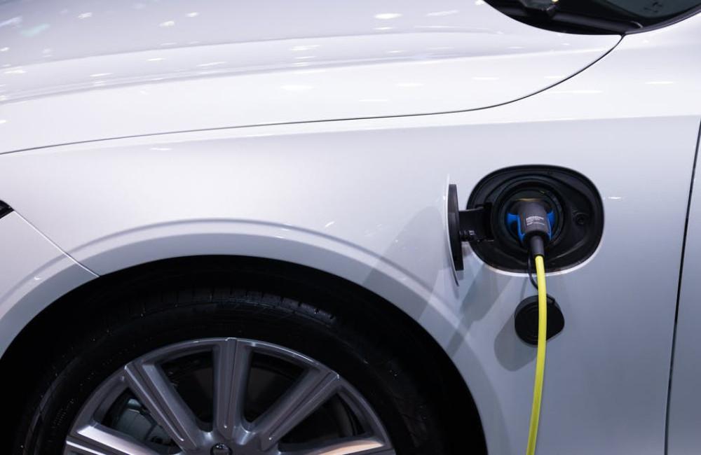 Met de elektrische auto een weekend naar Parijs